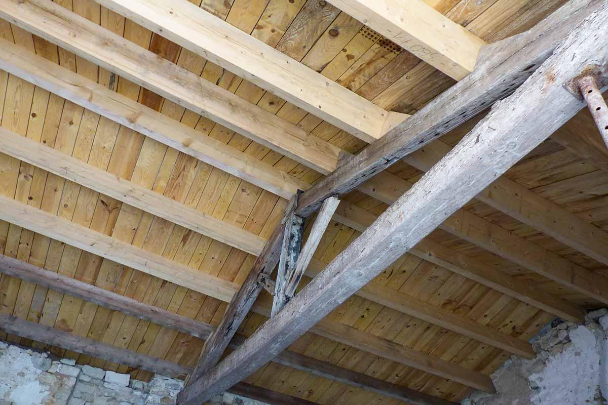 Charpente réalisée par l'entreprise François CELLIER, spécialiste de la toiture en Charente Maritime