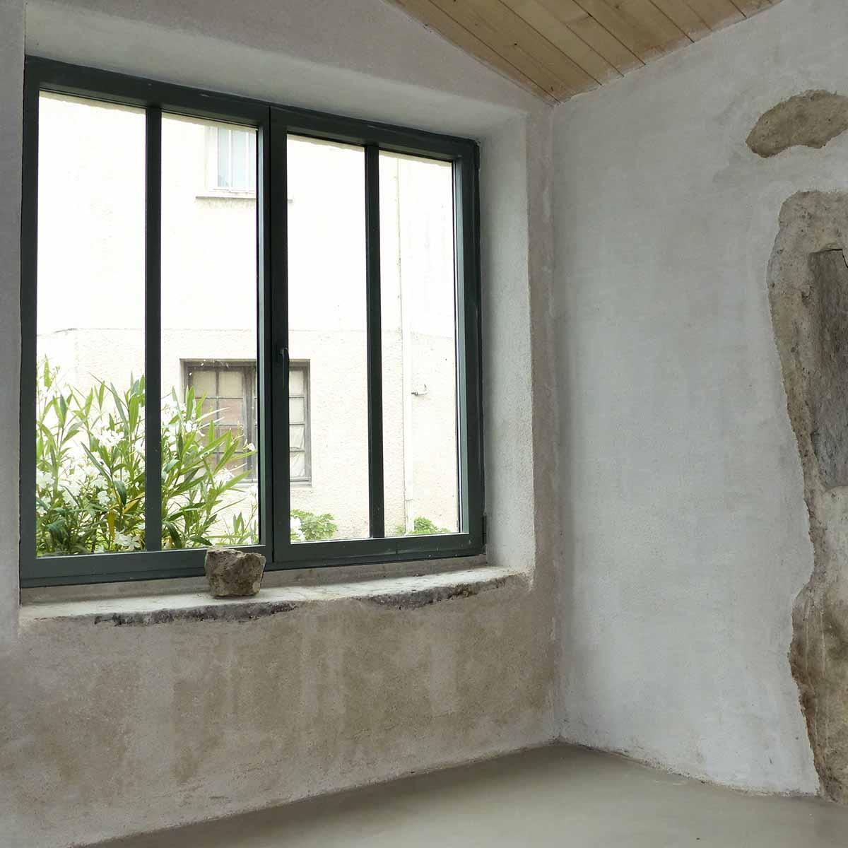 Enduits intérieurs de chanvre réalisé par l'entreprise François CELLIER, spécialiste de la rénovation du bâti en Charente Maritime